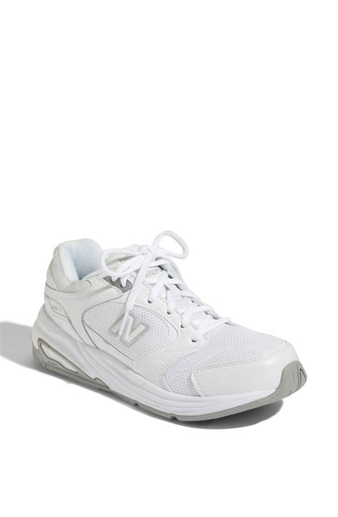new balance 927 walking shoe in white white mesh