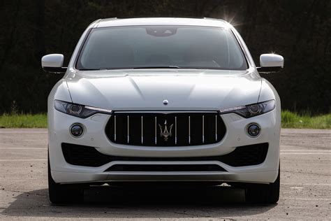 white maserati 2016 maserati levante cars suv white 2016 wallpaper 1920x1280