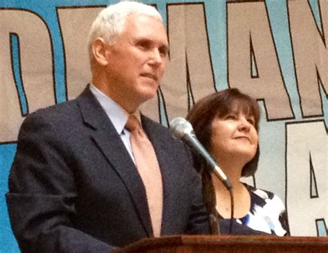 karen pence mike pence s wife wags related indy star where does mike pence stand on the common core