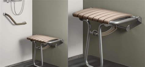 table activité bébé avec siege une salle de bain adapt 233 e aux pmr d 233 co salle de bains