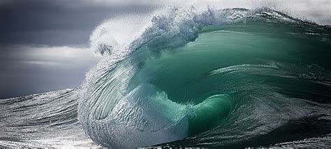 the majestic power of ocean waves captured by warren keelan