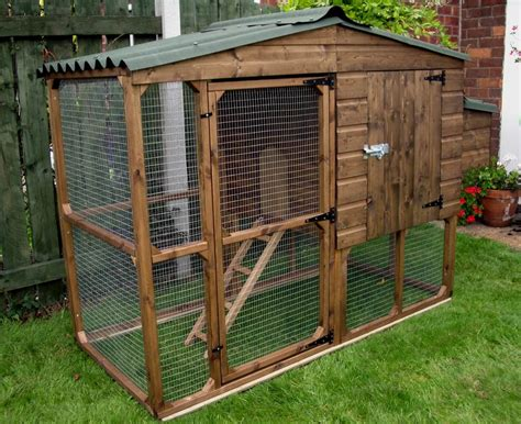 Backyard Chicken House Cheap Chicken Coop Kits Discover What You Need To Before Buying A Kit For Your Birds