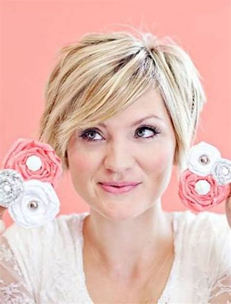 short hairstyles for plus size women over 30 perfect short pixie haircut hairstyle for plus size 30