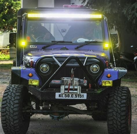 thar jeep modified in kerala onam celebration mes of engineering ernakulam