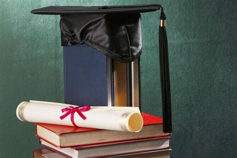 why you should consider earning a bsn degree