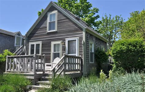 airbnb cape cod five adorable cape cod airbnbs to rent this summer