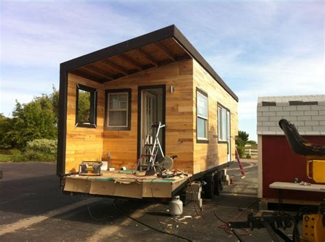 small houses projects pallet wood siding www minimotives com my tiny house
