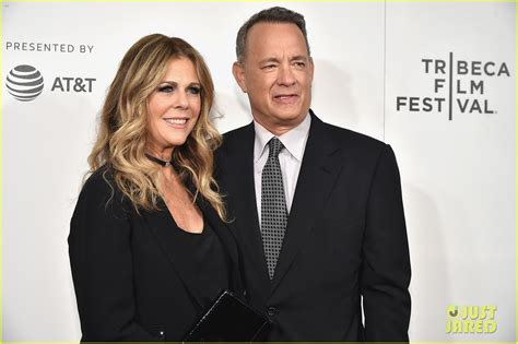 emma watson tom hanks movie emma watson tom hanks premiere the circle at tribeca