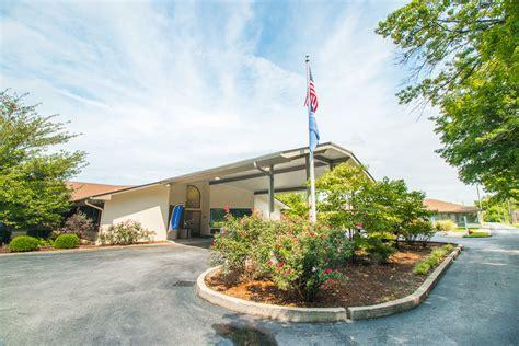 Detox Center Kentucky by Signature Healthcare At Summerfield Rehab Wellness