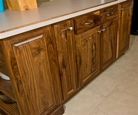 walnut kitchen cabinet photo 9286 walnut kitchen cabinets