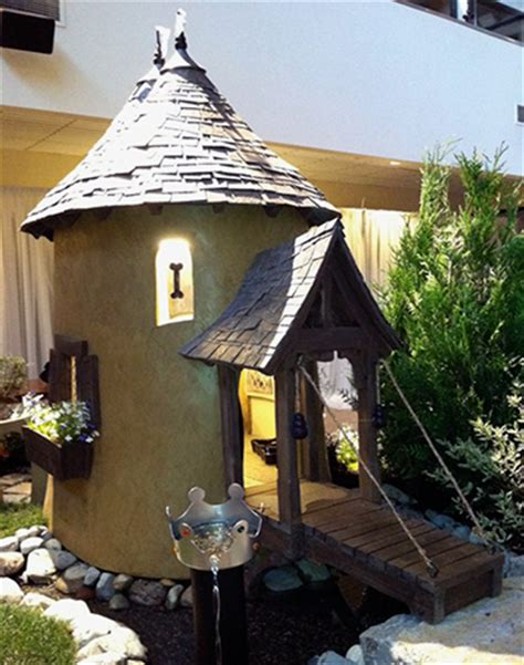 castle dog house 41 cool luxury dog houses for your pooch