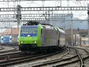 Rolläden by Bls Lok 485 017 8 Mit Rolla Bei Der Einfahrt In Den