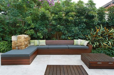 outdoor area modern family oriented outdoor area completehome