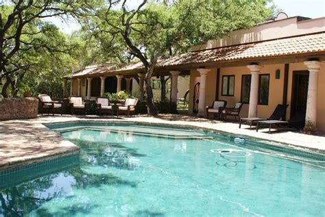 texas hill country all lodging texas hill country hill hill country premier lodging wimberley tx resort