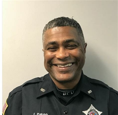 Chris Illinois Of Michigan Mba by Illinois Officer And Killed On Michigan College