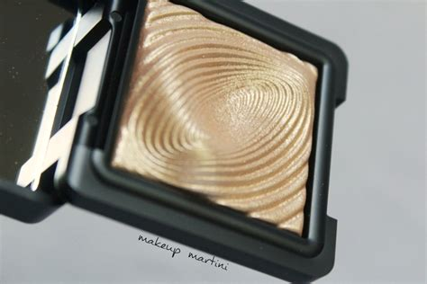 kiko water eyeshadow 208 light gold similar to mac wisper of gilt 100 authentic ebay kiko water eyeshadow 208 light gold review swatches dupes price makeupmartini
