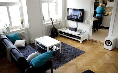 White living room inteior decorating ideas with flat screen tv images