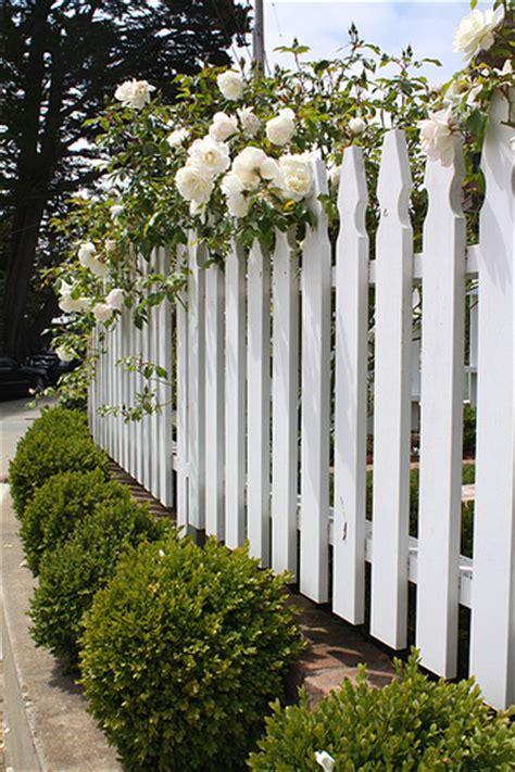 cottage picket fence cottage fence santa cottage white
