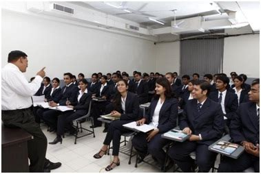 Skyline Mba Fees by Skyline Business School New Delhi Admissions 2018 19