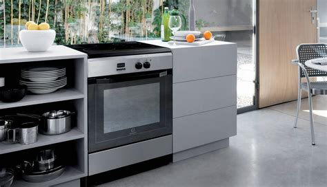 indesit cucine a gas cucina a gas con forno elettrico pureglass indesit