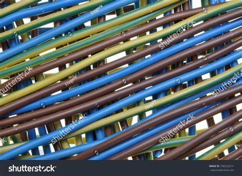 standard three wire electric cable distribution stock