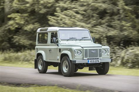 land rover defender 90 wallpapers and images wallpapers 2015 land rover defender 90 heritage uk spec 4x4 suv