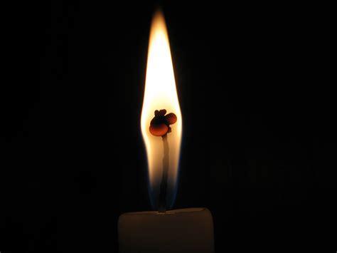 fiamma candela 187 il domenicale di r b la neve d aprile