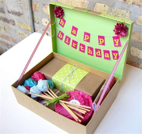 imagenes cajas para colocar regalos de cumpleaos caja de cumplea 241 os pinteres