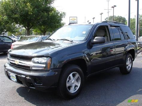 Gray Ls by 2005 Gray Metallic Chevrolet Trailblazer Ls 4x4