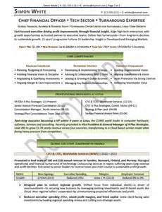 Cfo Resume Templates by Cfo Resume Chief Financial Officer Resume Sles Elizabeth Bradford The Career Artisan