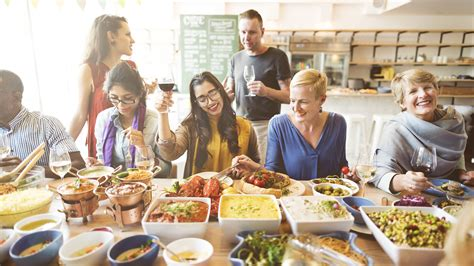 imagenes de la familia judia costumbres italianas en la mesa comidas copiosas y en familia