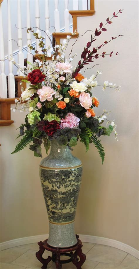 How To Arrange Artificial Flowers In A Large Vase by Pictures Of Silk Flower Arrangements Beautiful Flowers
