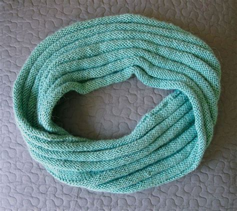 mobius cowl free knitting pattern 148 best images about mobius sjaal on knit
