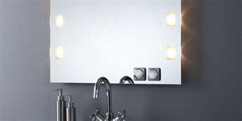 custom badezimmerspiegel badspiegel beleuchtung steckdose glas pendelleuchte modern