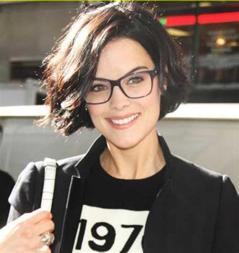 hairstyles for women with large heads glasses best 25 round face glasses ideas on pinterest