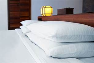 How To Wash Bed Pillows by How To Wash Polyester Filled Bed Pillows