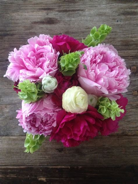 peony flower arrangement how to make a gorgeous peonies floral arrangement