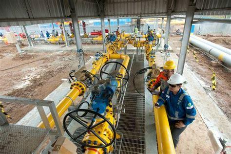 Pipa Galvanis Di Batam Pgn Rungkan Proyek Jaringan Pipa Gas Di Batam