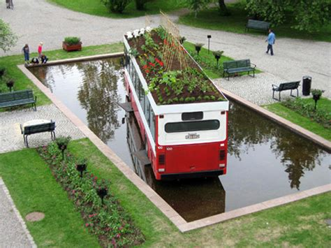 Mobile Urban Gardens In Upcycled Parcels Urban Gardens Mobile Vegetable Garden