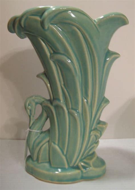Mccoy Pottery Vases by Mccoy Pottery Swan Vase China Glass Pottery
