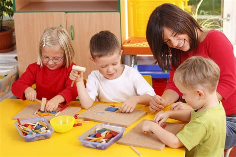 teaching new year to preschoolers activities for preschool children education article