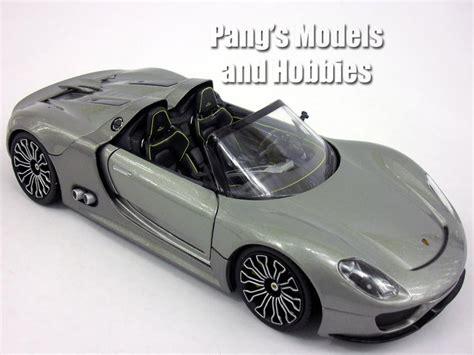 Diecast Welly Porsche 918 Spyder Putih porsche 918 spyder 1 24 diecast metal model by welly pang s models and hobbies