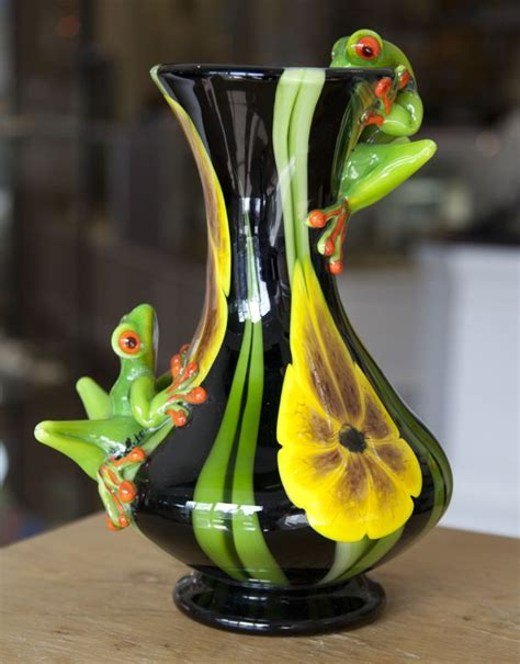 Vase Frog by Two Frog Vase Frogmom