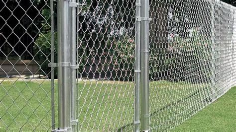 installing  chain link fence fencing