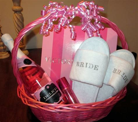 Wedding Gift And Shower Gift by Best 25 Bridal Shower Gifts Ideas On Diy
