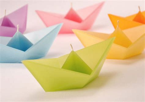 Floating Origami Boat - 19 awesomely creative candle designs you will