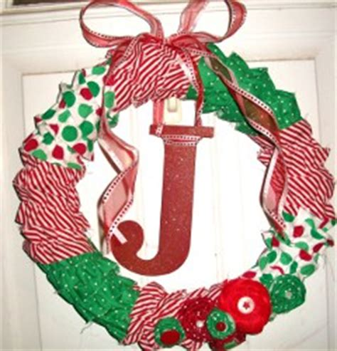 christmas wreath ideas easy crafts and homemade 21 homemade christmas wreaths allfreechristmascrafts com