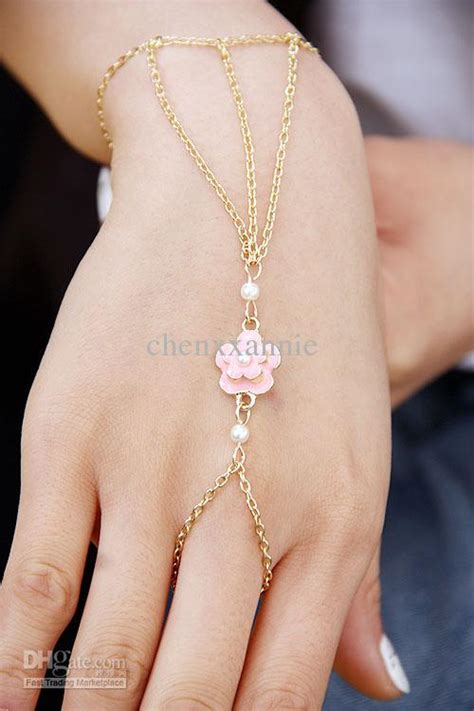 2018 Hand Chain Bracelet With Ring For Women Jewelry Set In Back Hand C001 0029 From Chenxxannie