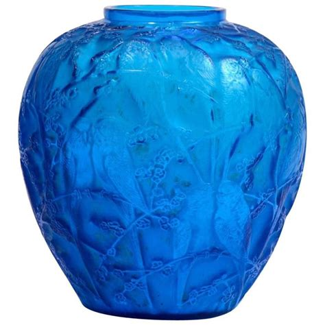 Lalique Blue Vase by Rene Lalique Electric Blue Vase Quot Perruches Quot For Sale At