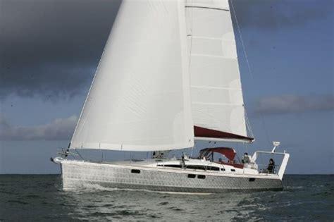piccoli cabinati a vela alubat ovni 495 barca a vela d altura